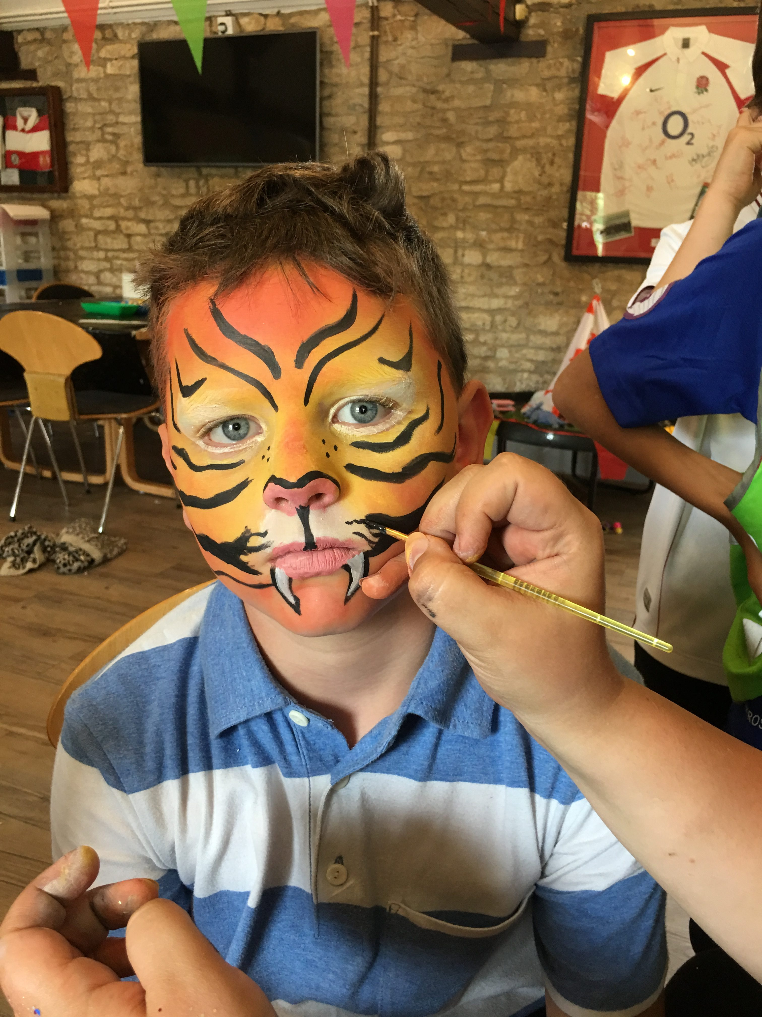 Holiday Club - face paint - tiger